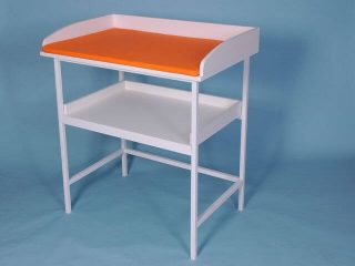 Prebaľovací stolík